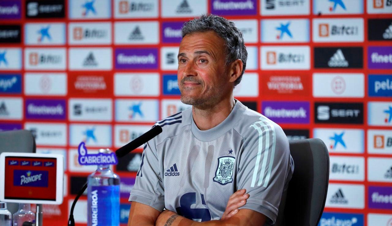 """Luis Enrique: """"Todos los jugadores me dan garantías, estoy encantado con lo que tengo"""""""