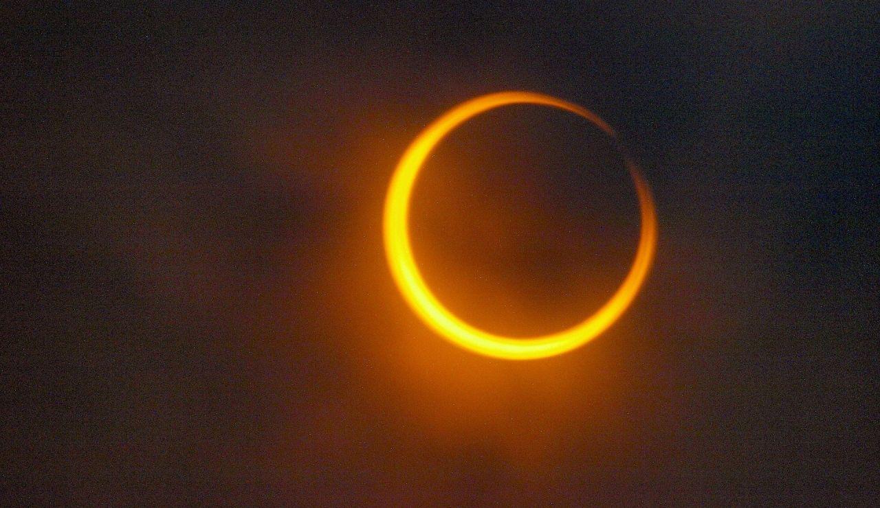 Eclipse anular solar, ¿por qué se le llama anillo de fuego?