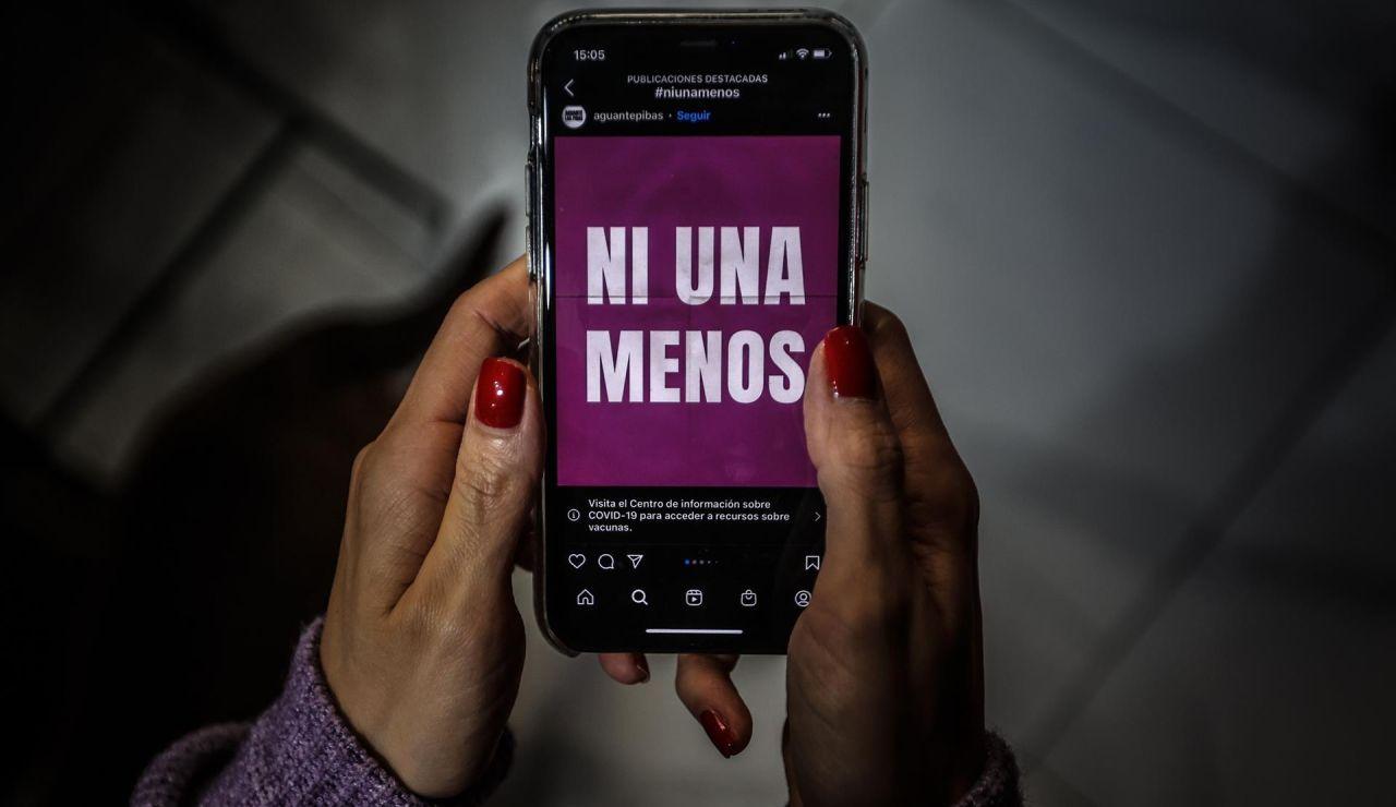 """Fotografía del colectivo argentino """"Ni Una Menos"""" en redes sociales."""