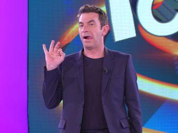 La picardía de Arturo Valls para que Enriqueta… ¡sólo pueda ver Antena 3!