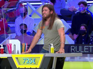 ¿A por el bote? Un concursante acude el público de 'La ruleta de la suerte' para decidir su destino