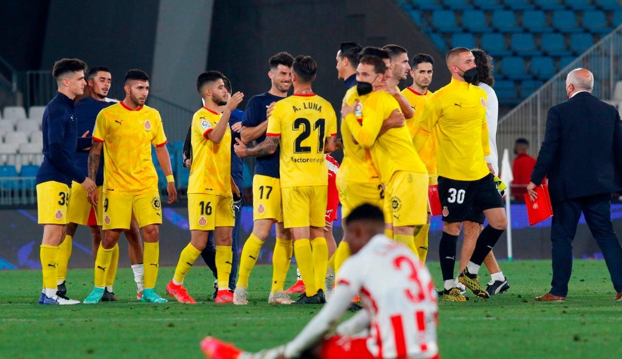 Los jugadores del Girona celebran el pase a la final por el ascenso