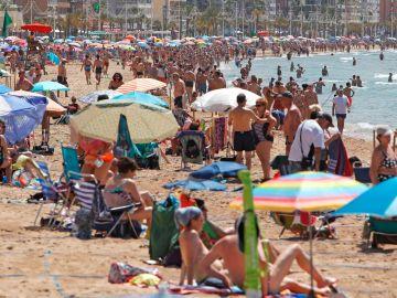Imagen de archivo de playas en España