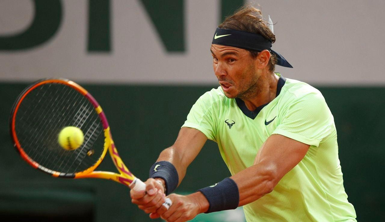 Rafa Nadal, en acción en Roland Garros