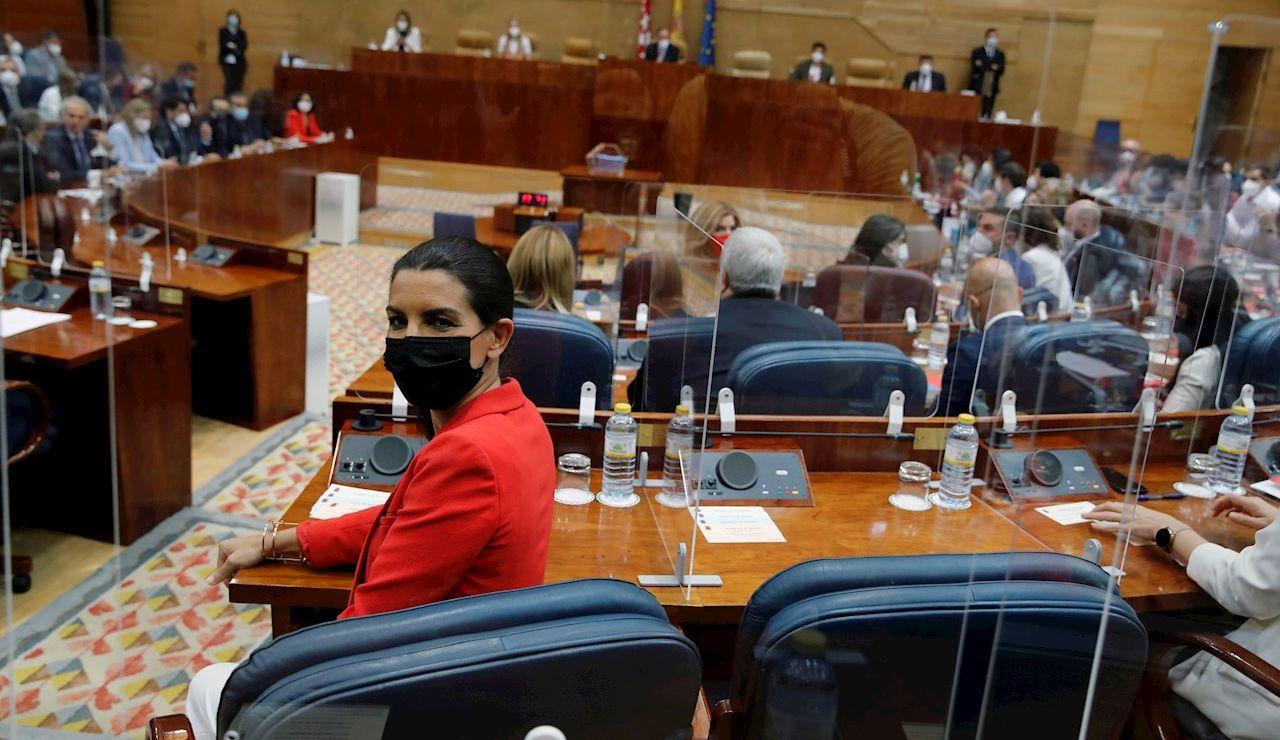 La líder de Vox en Madrid, Rocío Monasterio toma asiento en la Asamblea de Madrid este martes cuando arranca la constitución de la XII Legislatura