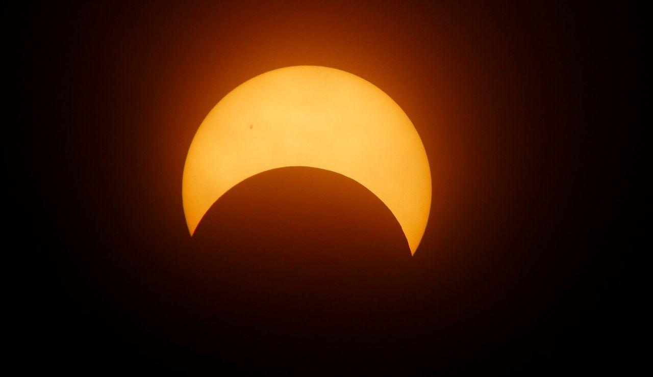 Eclipse solar del 10 de junio de 2021: ¿Cuándo y cómo verlo desde España?