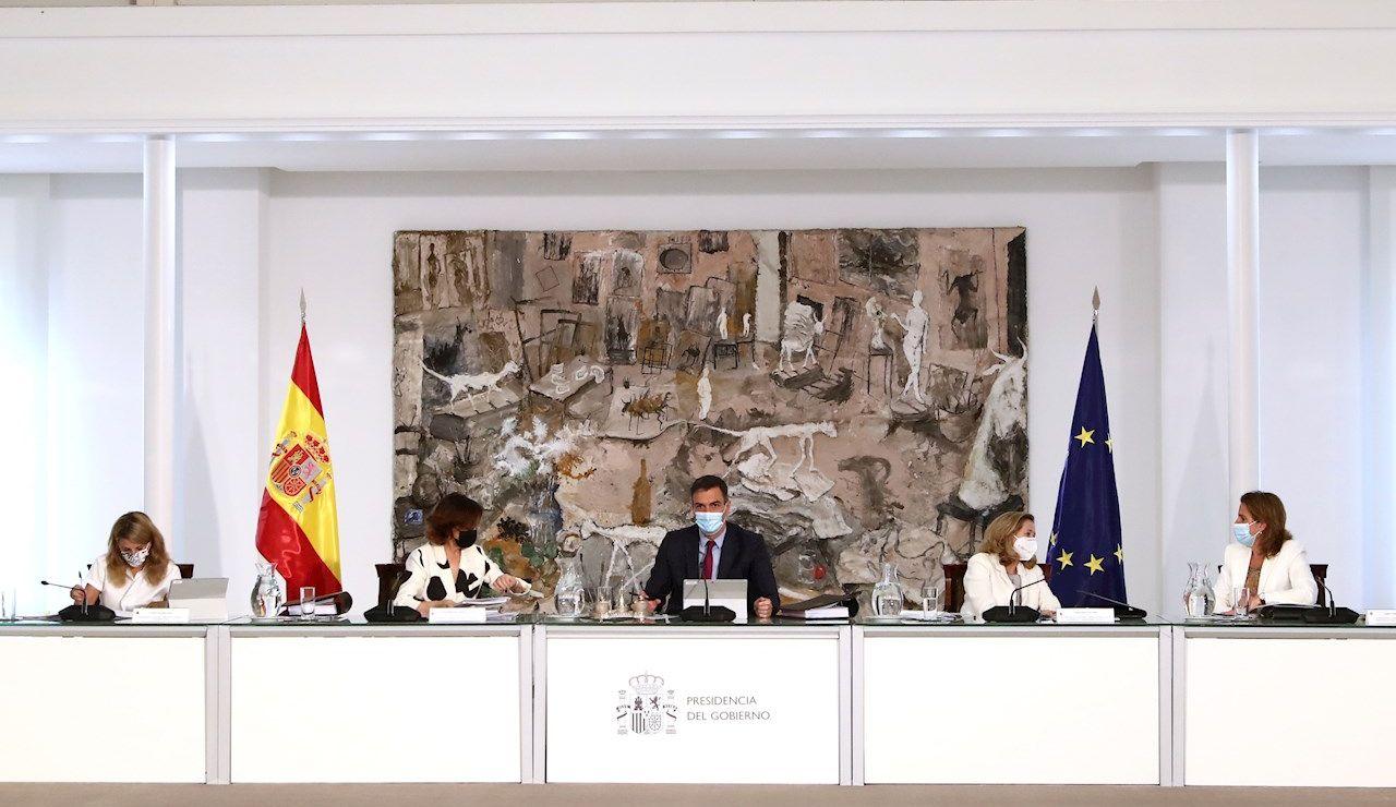 El Consejo de Ministros aprueba este martes el reparto de 100 millones para la lucha contra la violencia de género