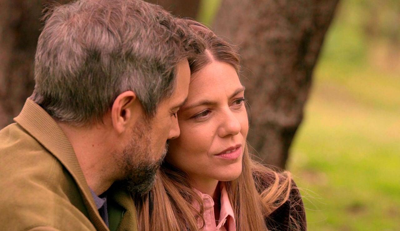 Gorka comparte su tormento con Maica: ¿colgará los hábitos por amor?
