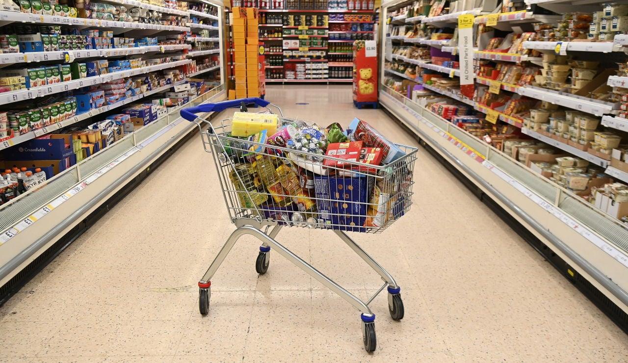 Carro de la compra en supermercado