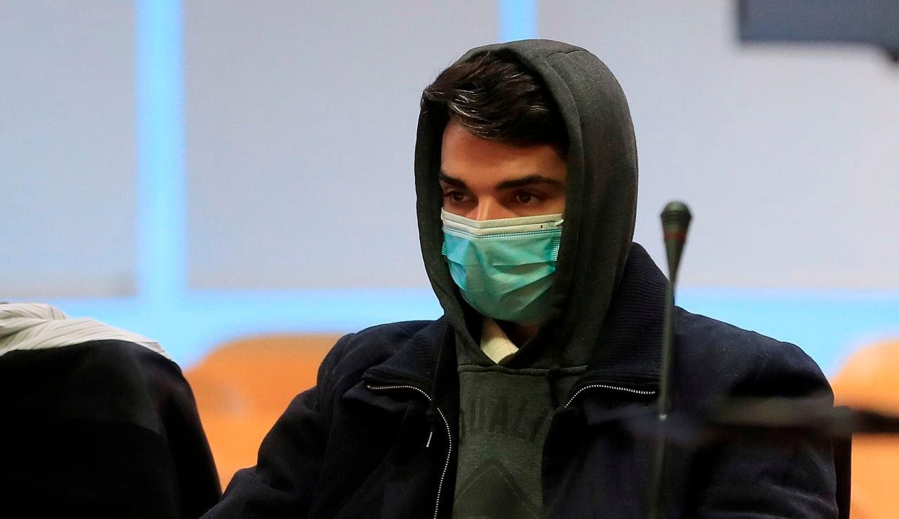 Condena de 15 años de prisión al 'caníbal de Ventas' por matar, descuartizar y comerse a su madre en Madrid