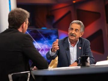 """El balance de Miguel Ángel Revilla sobre Pablo Iglesias: """"Ha sido una desilusión muy grande"""""""