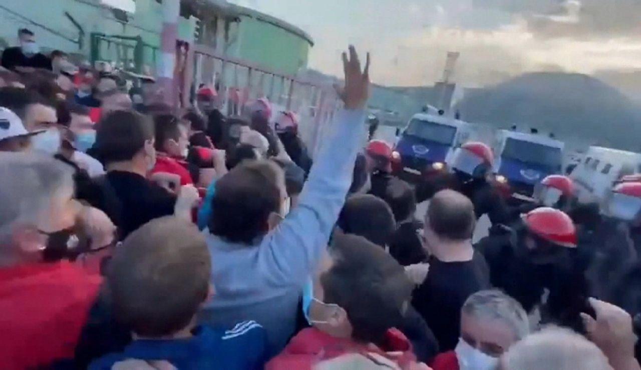 Cargas policiales en la refinería de Petronor, en Bilbao