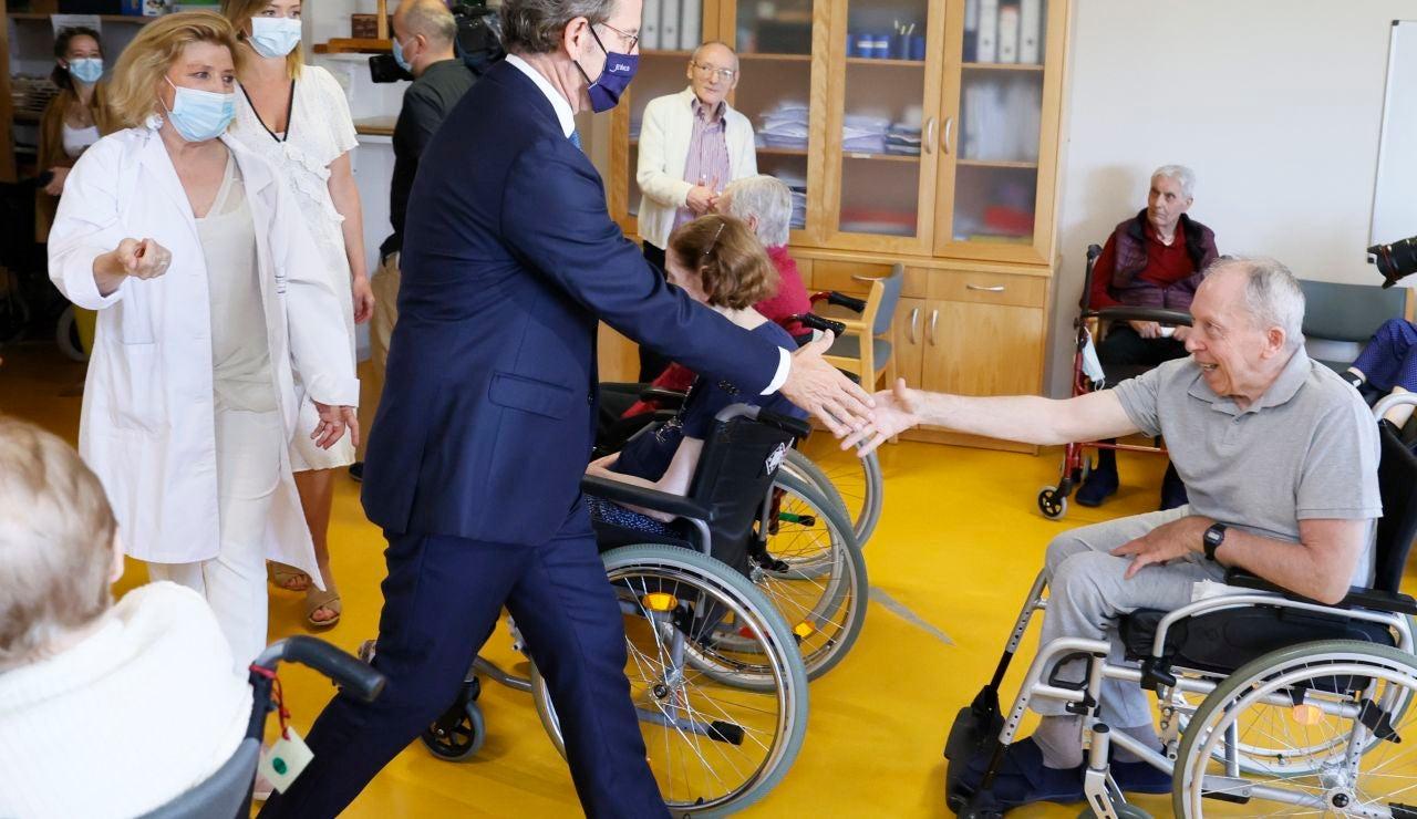 Alberto Núñez Feijóo anuncia una flexibilización de las medidas en las residencias de mayores de Galicia