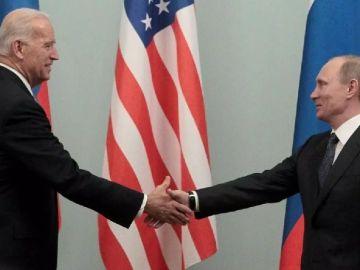 Biden y Putin: el primer cara a cara en el peor momento diplomático entre ambos países