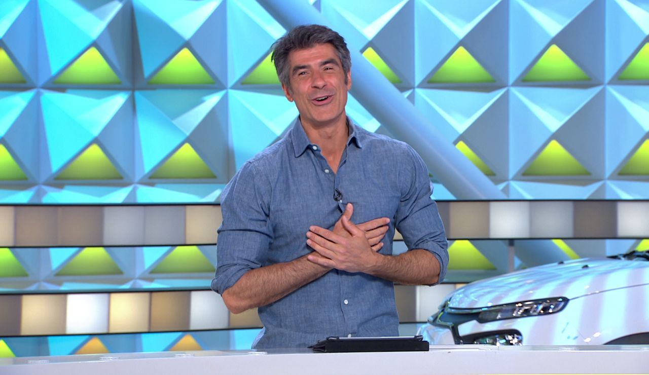"""""""¿Ahora cómo sigo yo?"""" Jorge Fernández recibe una declaración de amor… ¡de una señora del público!"""