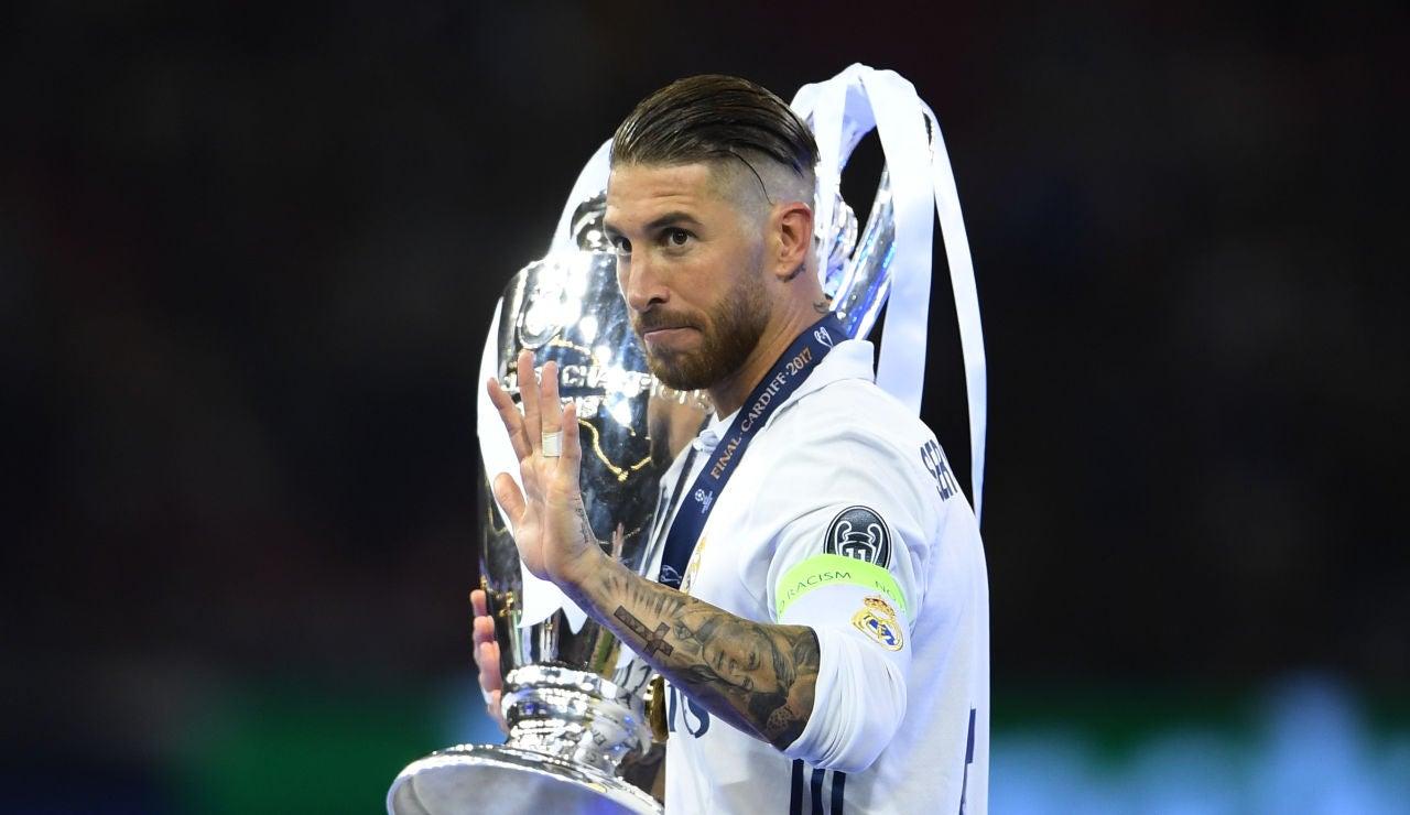 Sergio Ramos con la Champions League en Cardiff