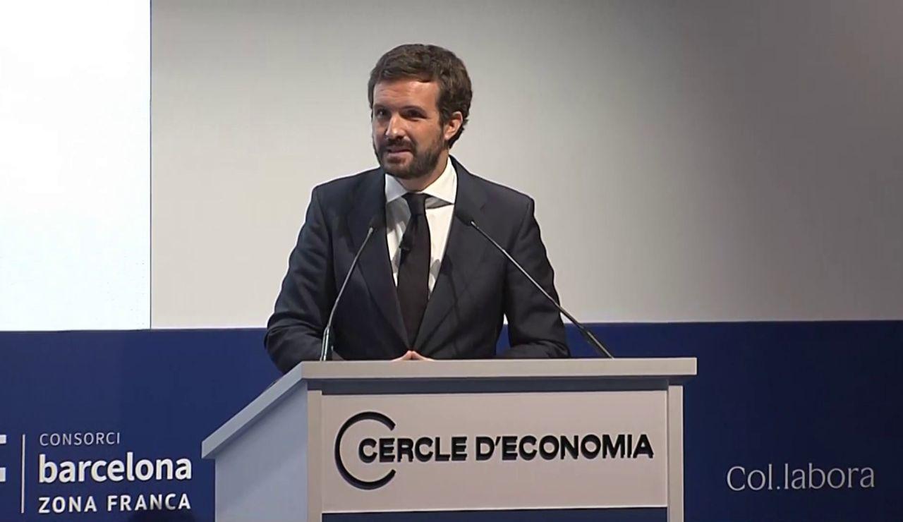 """Pablo Casado dice que no se hable de la Constitución cómo venganza: """"Quién tiene derecho a decidir, quién es catalán?"""""""