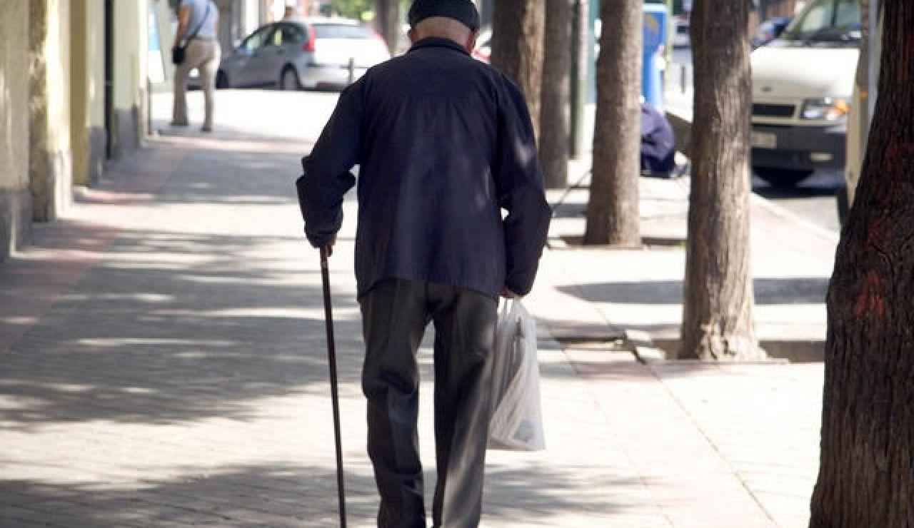 Estas son las adicciones de los mayores de 64 años en España