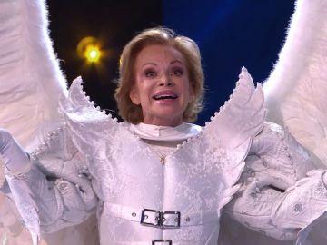 Paloma San Basilio se encontraba tras la máscara del Ángel: ¡así revelamos su identidad!