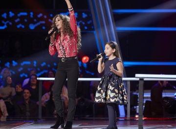 Rosario Flores canta 'No dudaría' con Alison Fernández en las Batallas de 'La Voz Kids'