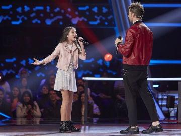 David Bisbal canta 'Me olvidé respirar' con Leonor López en las Batallas de 'La Voz Kids'
