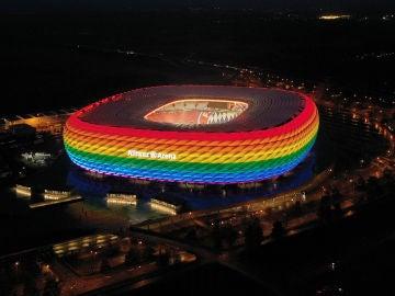 Múnich pide iluminar el Allianz Arena con un arcoíris en el partido contra Hungría para hacer frente a la homofobia