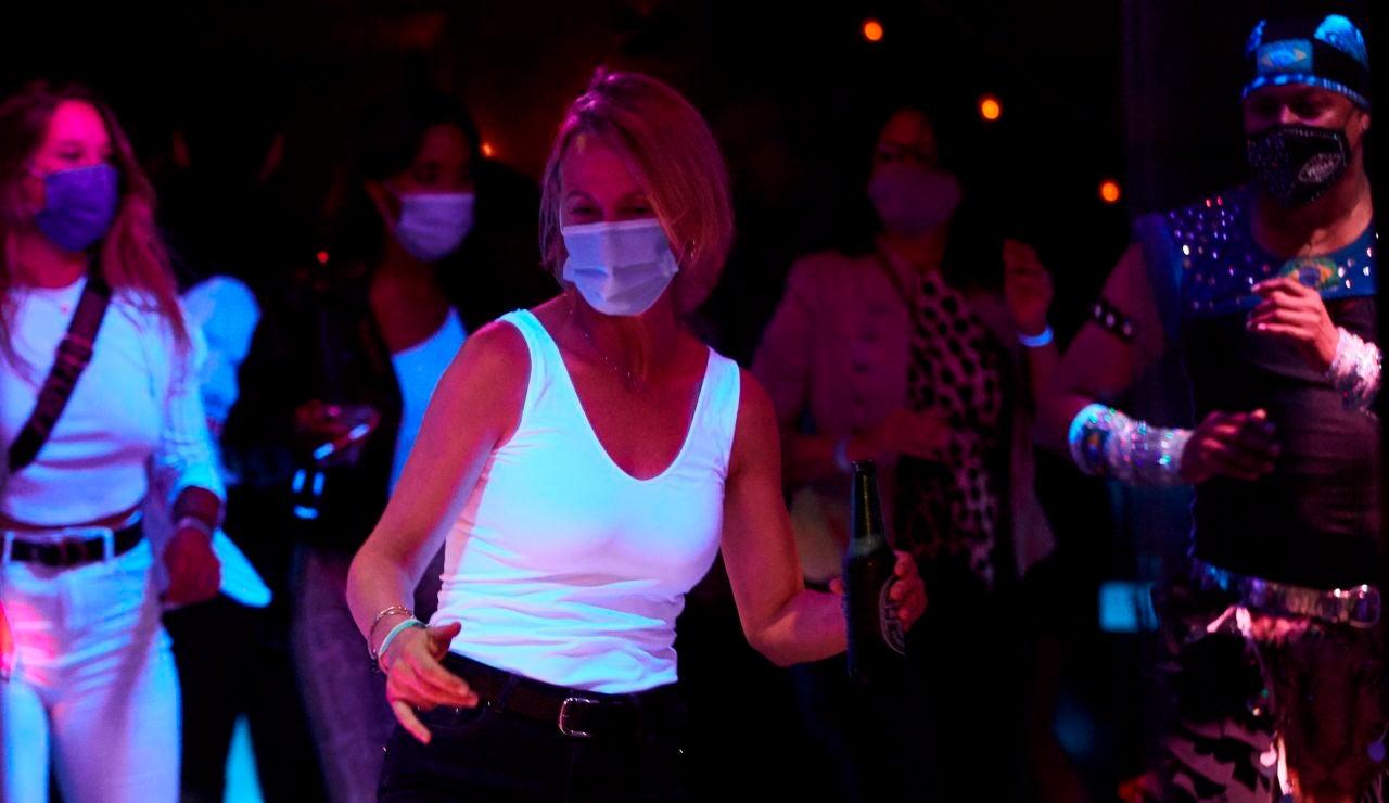 Reabre el ocio nocturno en Madrid y Cataluña: Horario de discotecas y qué se puede hacer a partir de ahora