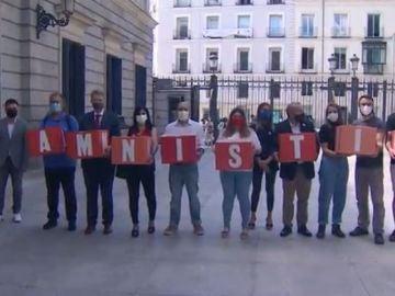 Independentistas catalanes piden la amnistía