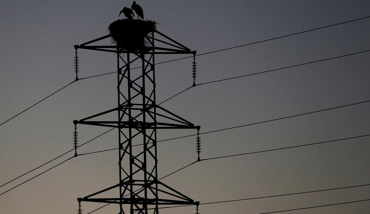 La bajada del IVA de la luz al 10% se aprobará este jueves en el Consejo de Ministros