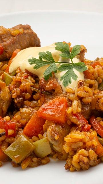 """Receta de arroz con judías y carne, de Karlos Arguiñano: """"Muy completo"""""""