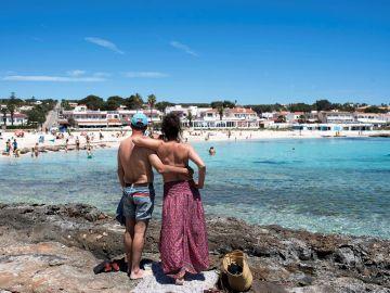Baleares recibe los primeros turistas británicos tras entrar en la lista de destinos seguros de Reino Unido