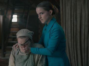 Mckenna Grace en 'El cuento de la criada'