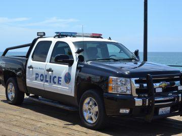 Policía California, Estados Unidos