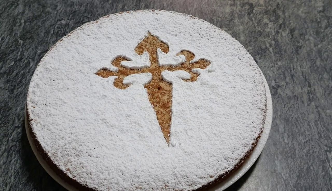 La forma más rápida de preparar una Tarta de Santiago con muy pocos ingredientes