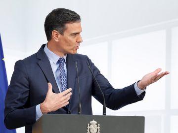 El presidente del Gobierno, Pedro Sánchez, interviene durante la presentación de la Carta de Derechos Digitales celebrada, este miércoles, en el Palacio de la Moncloa