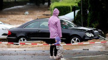 Calles cortadas en Hagen (Alemania) por las inundaciones que han provocado las tormentas.