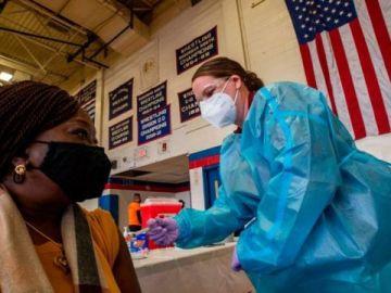 Nueva York pagará 100 dólares a quienes se vacunen contra el coronavirus