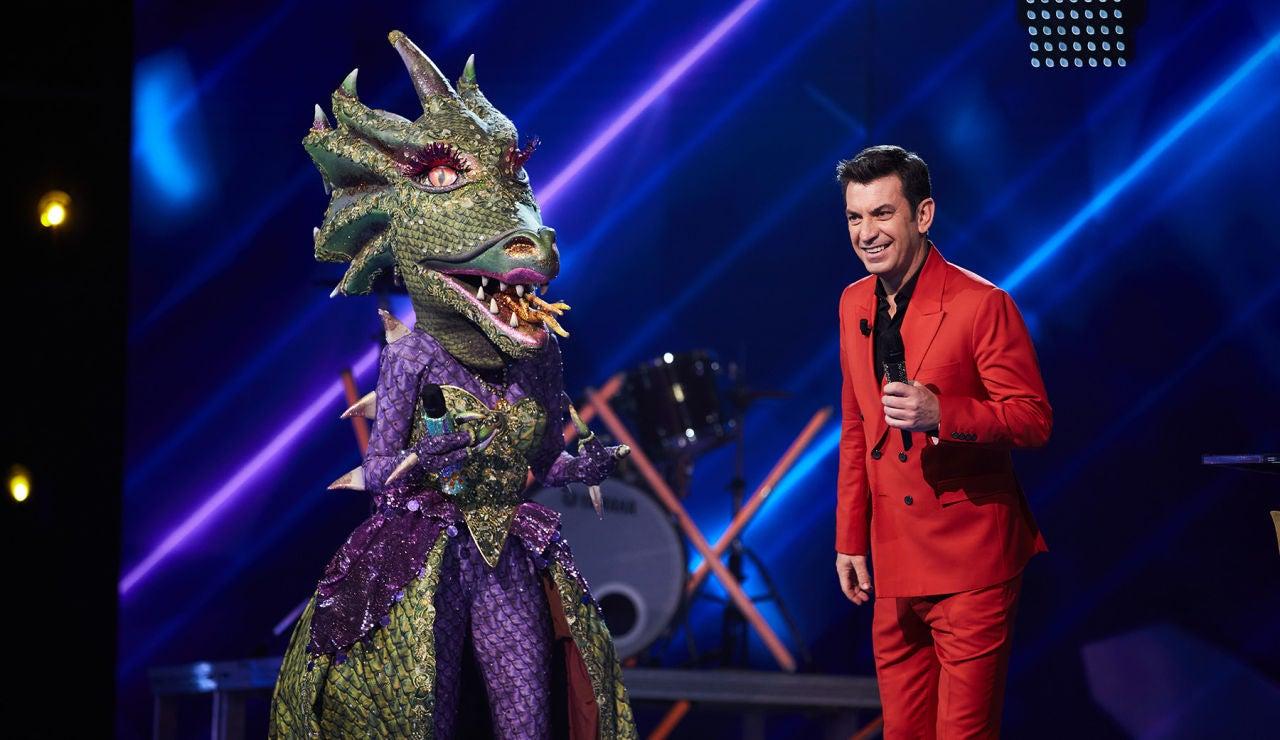 Nos colamos en su agenda: ¡la Dragona y Antonio Banderas se conocen!
