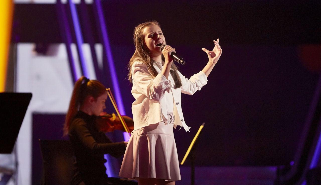 Marta Fernández canta 'The way we were' en la Semifinal de 'La Voz Kids'