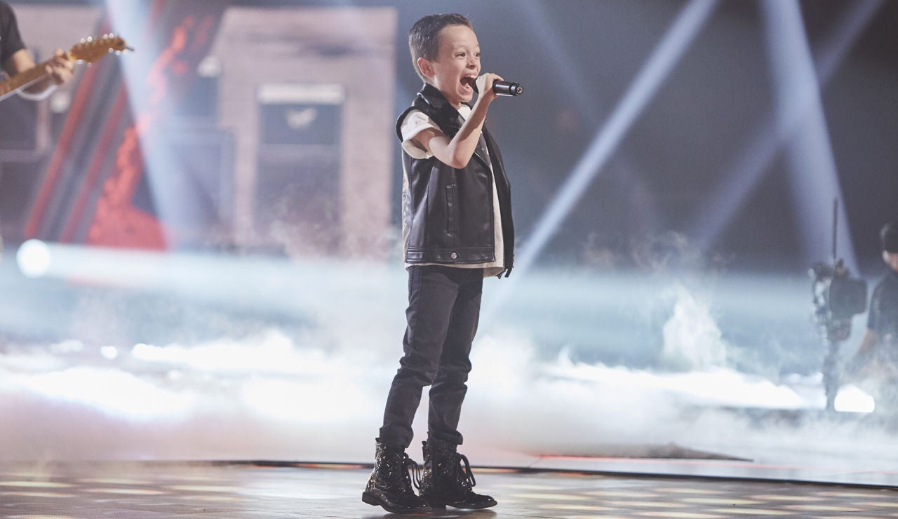 Jesús del Río canta 'Back in black' en la Semifinal de 'La Voz Kids'