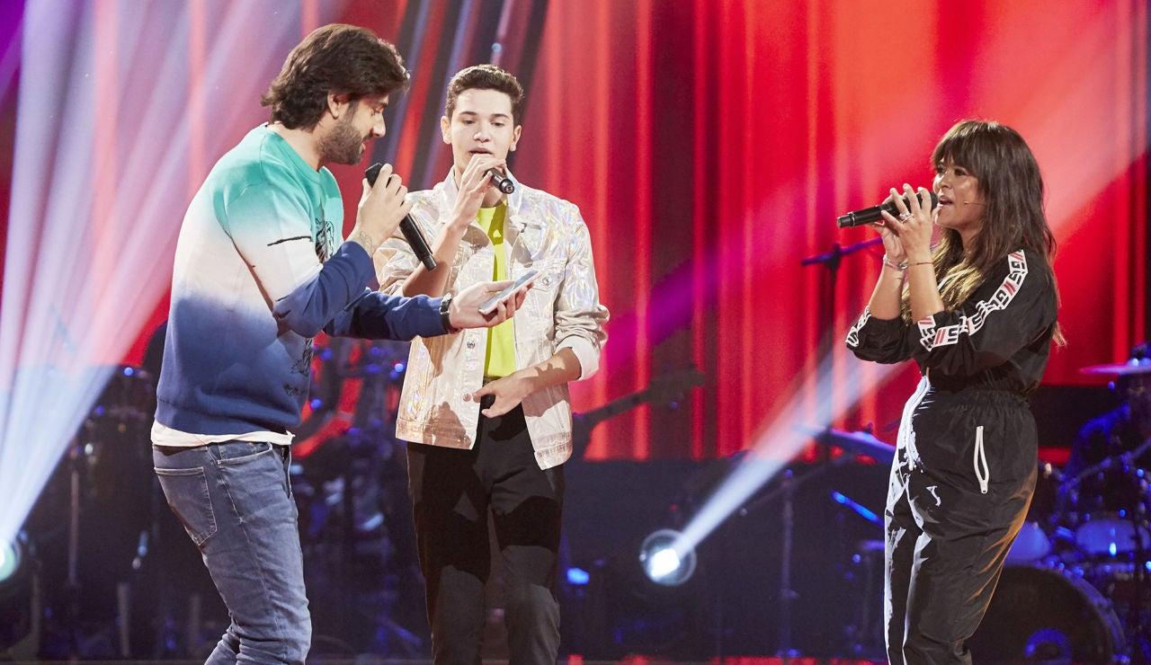 Melendi, Vanesa Martín y Javier Crespo, un momento inédito cantando 'Caída libre' en la Semifinal de 'La Voz Kids'