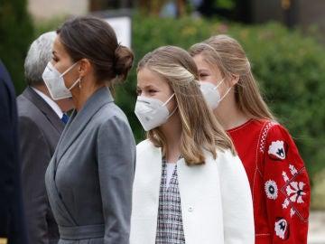 Ya están vacunadas: la reina Letizia y la princesa Leonor reciben la primera dosis