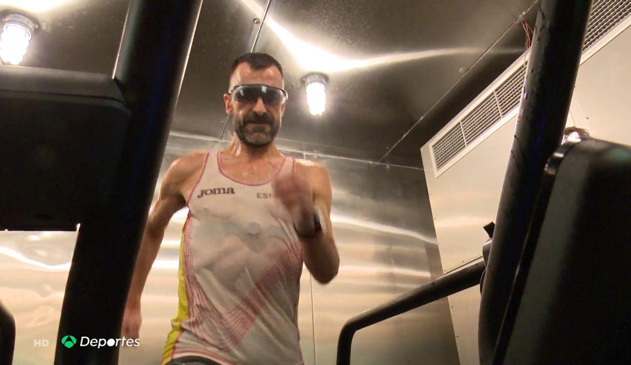 Así es la cámara de calor en la que entrena Jesús Ángel García Bragado para estar listo para los JJOO de Tokio