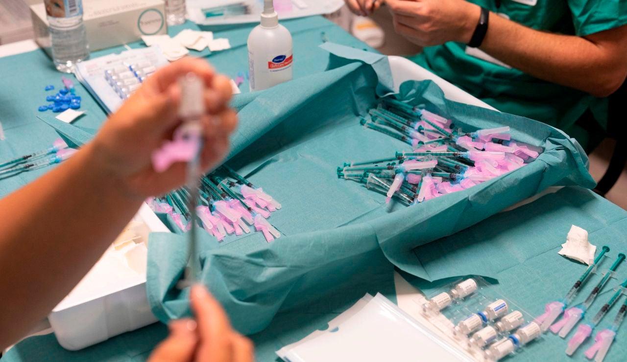 25 personas de Biar en Alicante recibirán una tercera dosis de la vacuna del coronavirus por un error