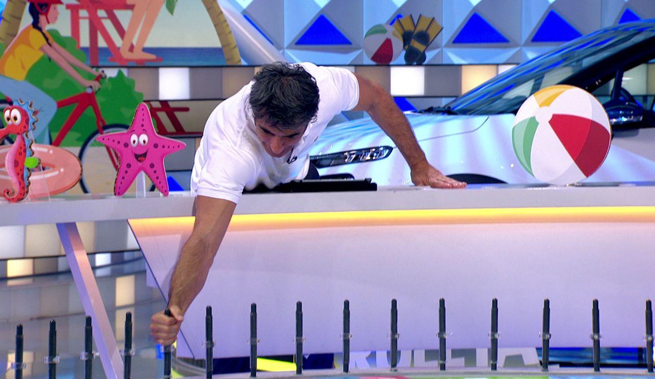 Jorge Fernández alucina con la manera de tirar de una concursante