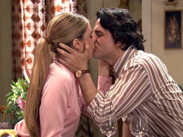 Maica encuentra la calma en los labios de Sergio