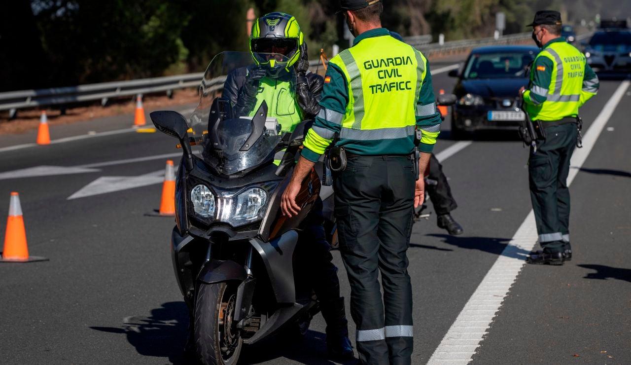 Así es la campaña especial de vigilancia y control de las motos de la DGT