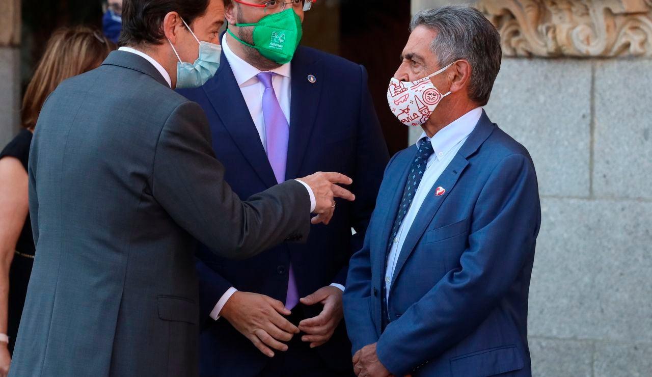 """Revilla dice que hoy ha sido """"el día más glorioso"""" de Sánchez: """"Han acabado aplaudiéndole enfervorecidamente"""""""