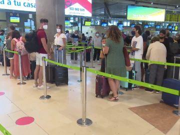 Los aeropuertos recuperan a los viajeros a las puertas de agosto