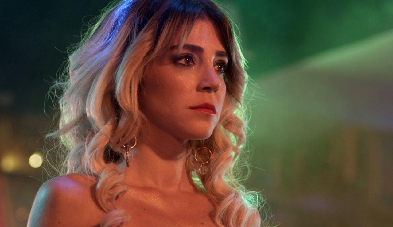 Gökçe Eyüboglu es Ceyda en 'Mujer'